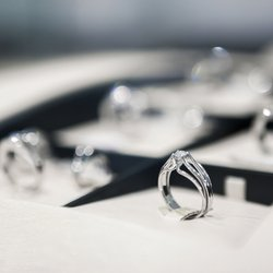 Everything You Need to Know Before Buying an Engagement Ring (Part 1)